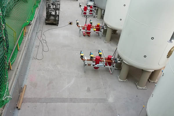 Tanks für brennbare flüssige Abfälle